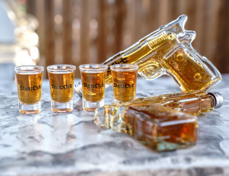 Shots Club – Ultimate Shot Glass Party Kit