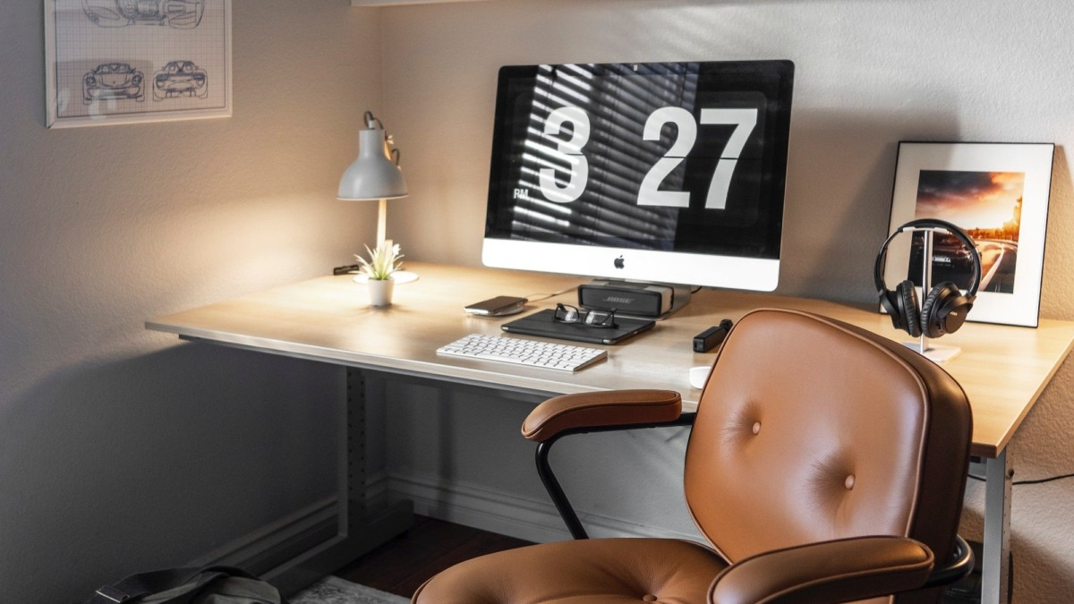 10 workspace gadgets for a futuristic home office
