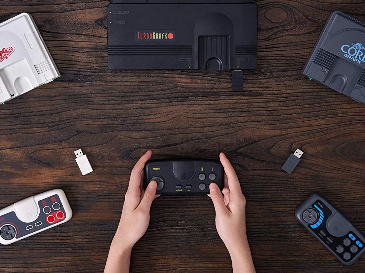 8Bitdo TG16 2.4G wireless gamepad is completely free of lag