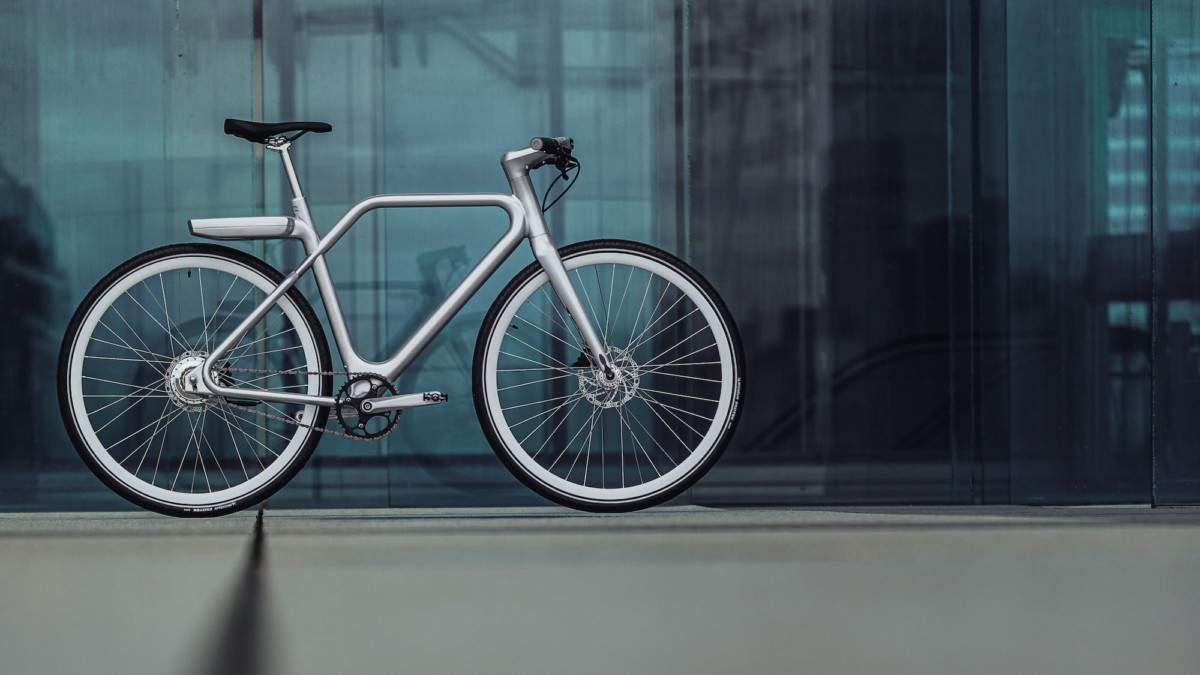 Angell Luxurious Electric Bike has built-in lights for safety