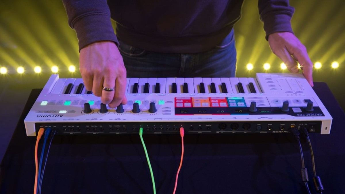Arturia KeyStep Pro keyboard sequencer offers performance abilities in a compact size