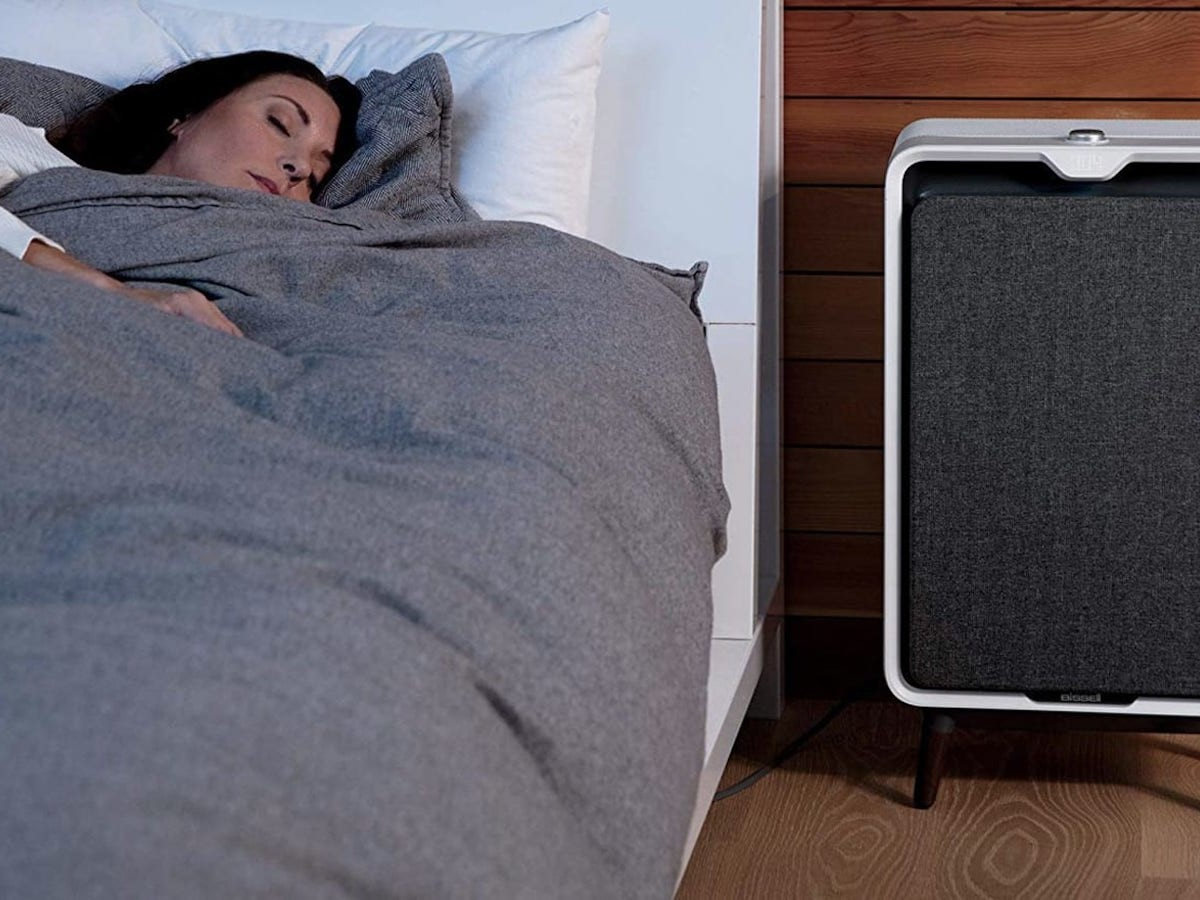 BISSELL air320 smart air purifier uses a 3-stage filtration process