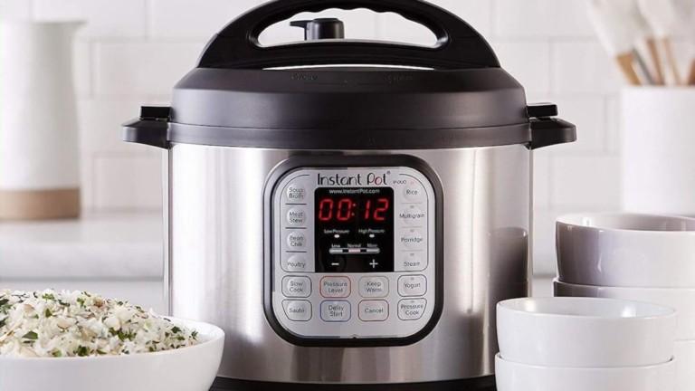 Instant Pot Duo 60 7-in-1 Programmable Pressure Cooker