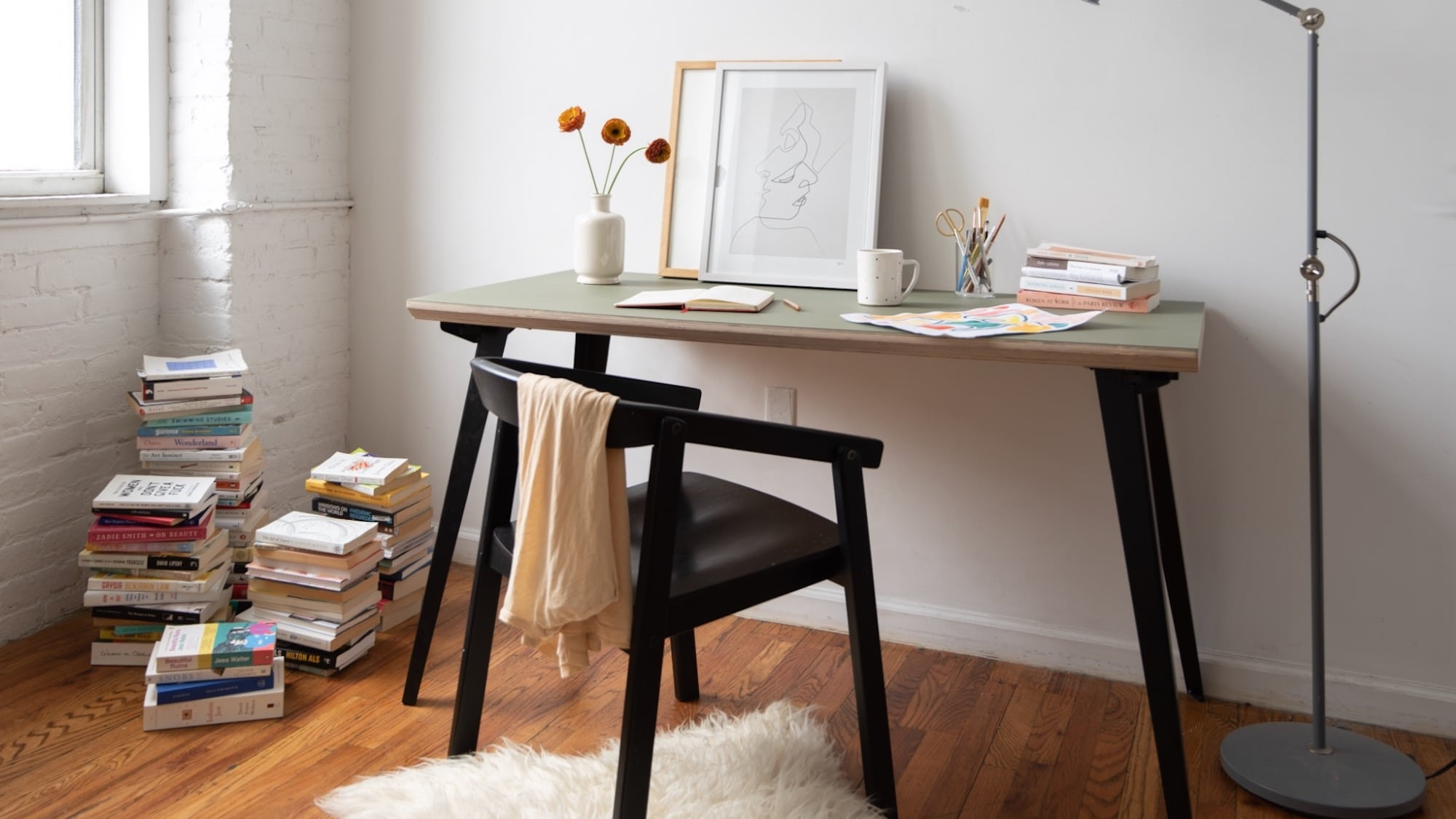 Floyd Table/Desk Anywhere Surface assembles incredibly fast