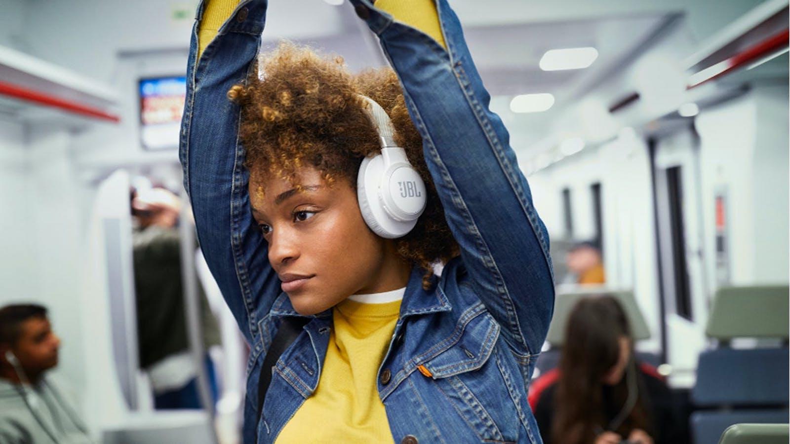 JBL LIVE 650BTNC Wireless Hands-Free Headphones