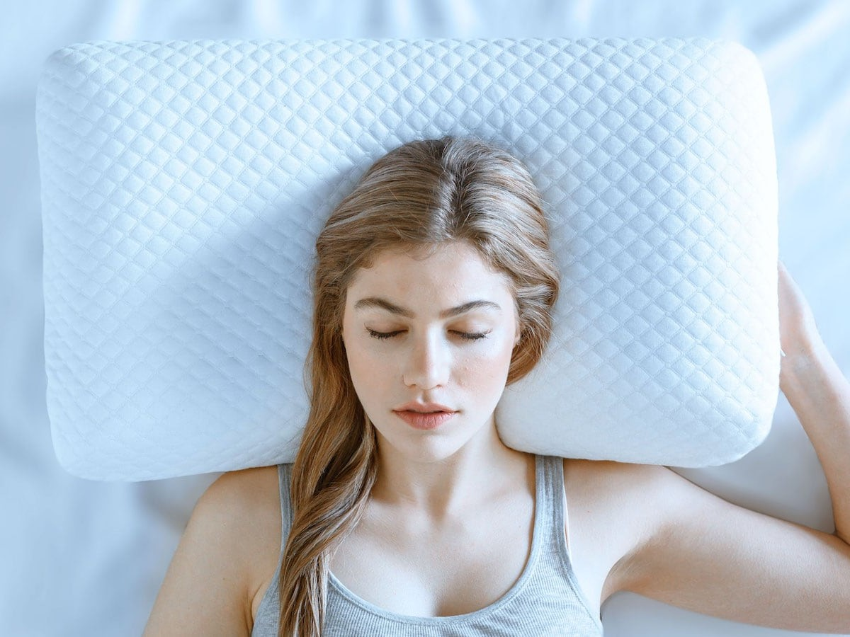 SOFY Form-Fitting Pillow will change the way you sleep
