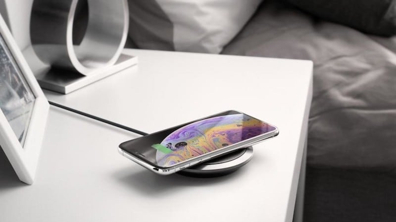 Spigen F308W Leather Wireless Charger