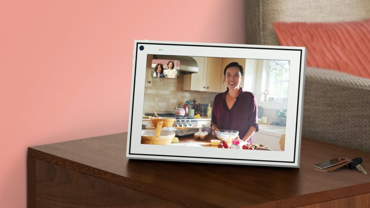 The best smart displays for videoconferencing with your family and friends