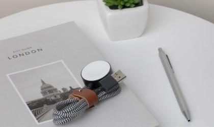 Native Union Belt Watch Magnetic Apple Watch Charging Cable