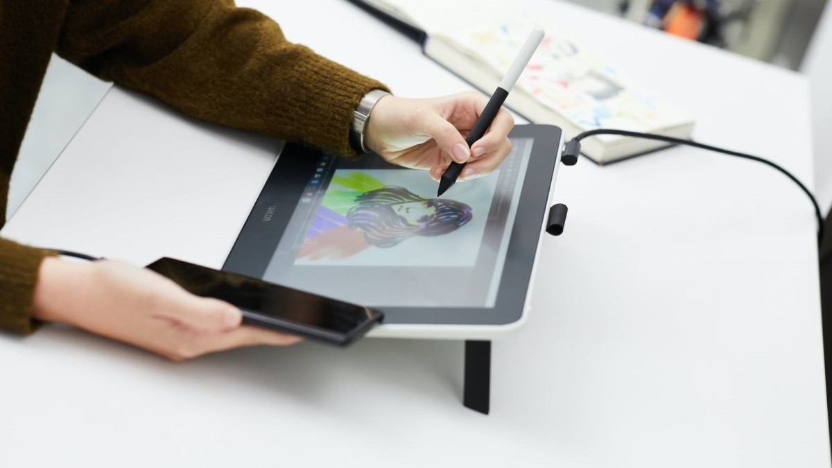 Best Creative Gadgets For Artists And Art Enthusiasts Gadget Flow