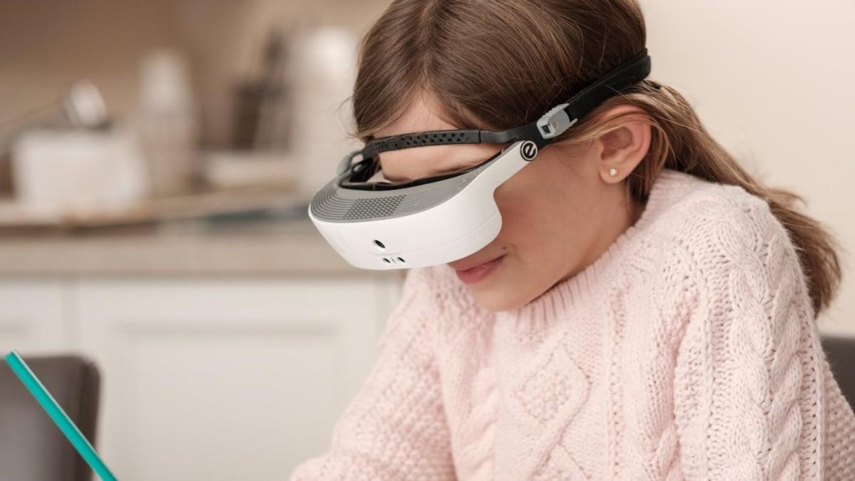 eSight 3 Electronic Eyewear enhances sight for people with visual impairments