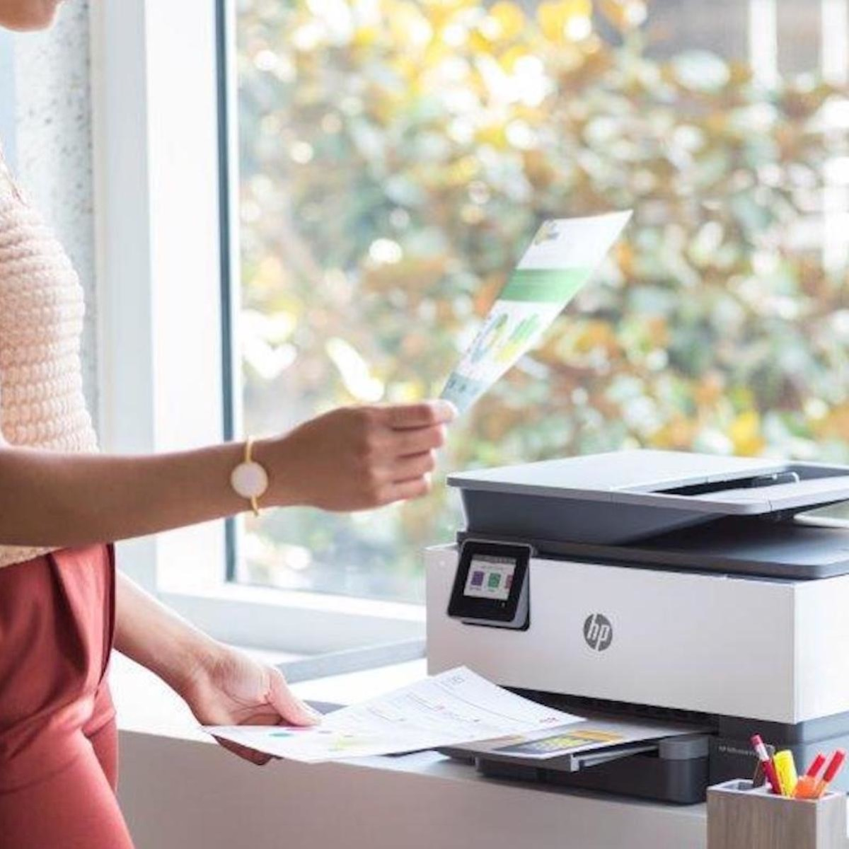 16 Amazing Tech Gadgets You Need For Your Home Office