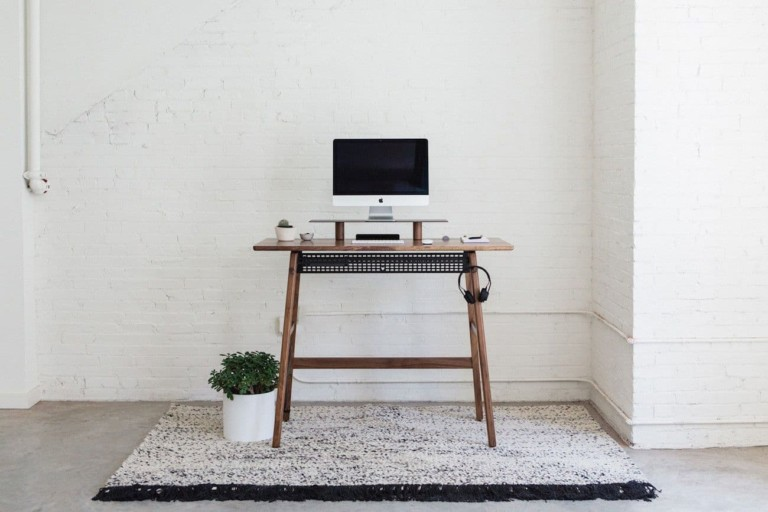 Artifox Wood Standing Desk 02