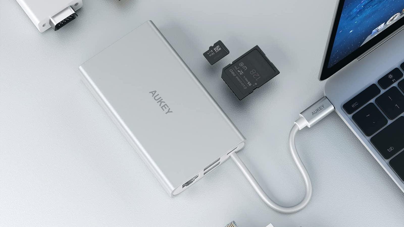 Aukey CB-C55 4K USB-C Adapter