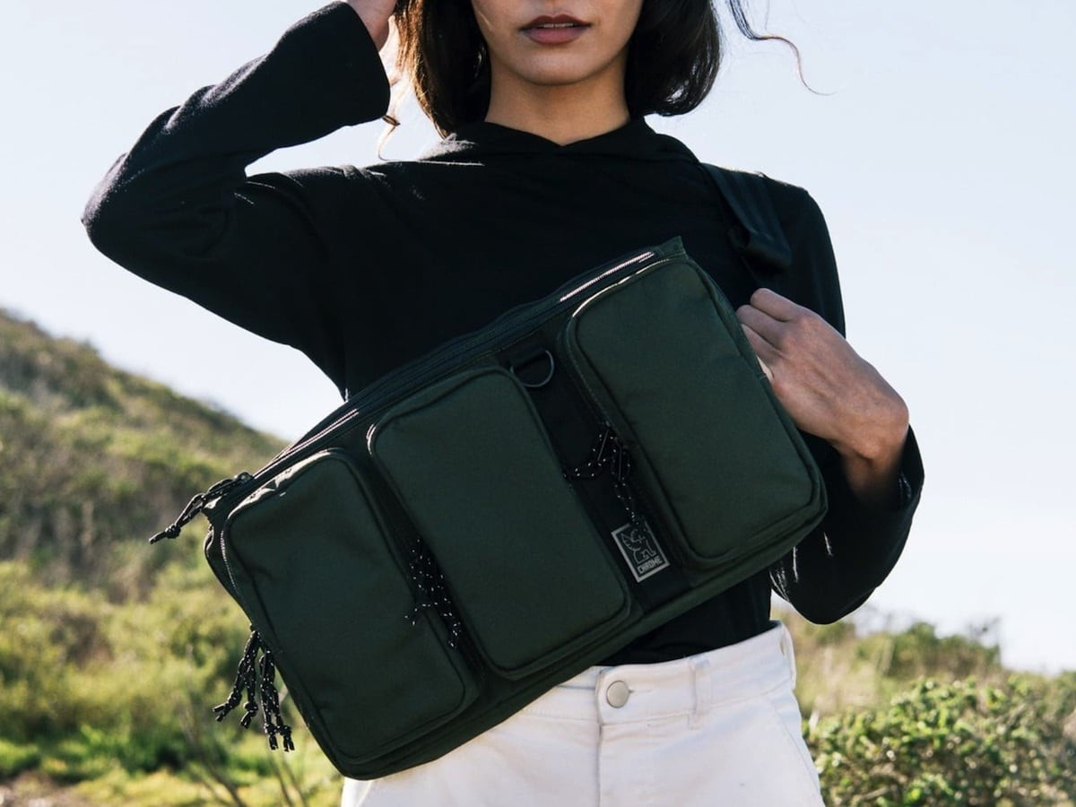 Chrome MXD Link Sling Laptop Shoulder Bag keeps you connected wherever you go