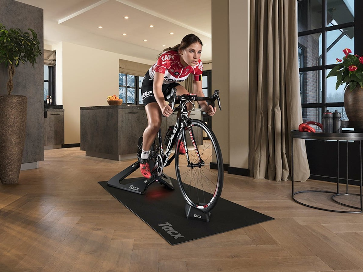 Garmin Tacx NEO 2T smart trainer gives you a better way to train indoors