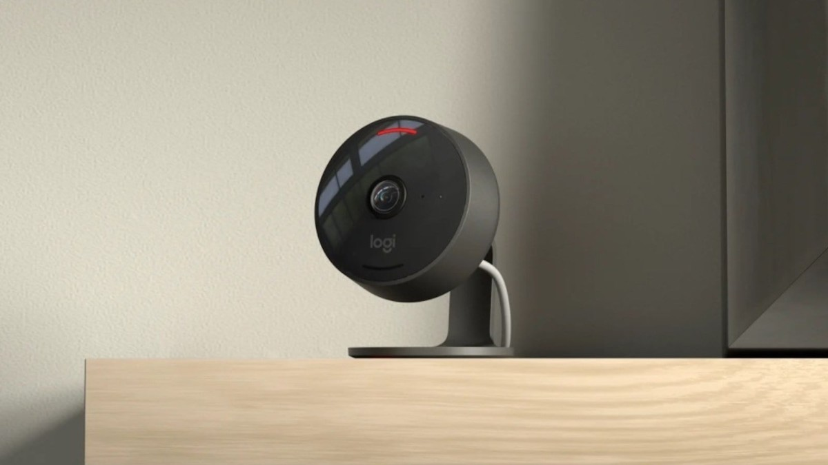 Logitech Circle View Secure Video Camera works with HomeKit