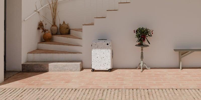 Monos Carry-On Pro Plus in White