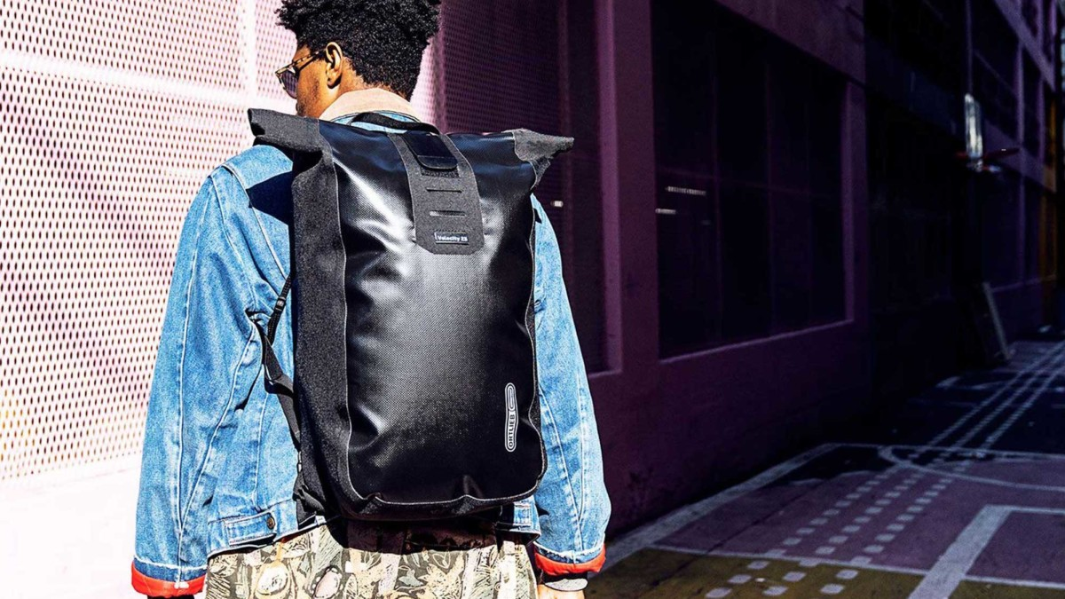 Ortlieb Velocity 2020 Cycling Backpack includes a padded laptop case