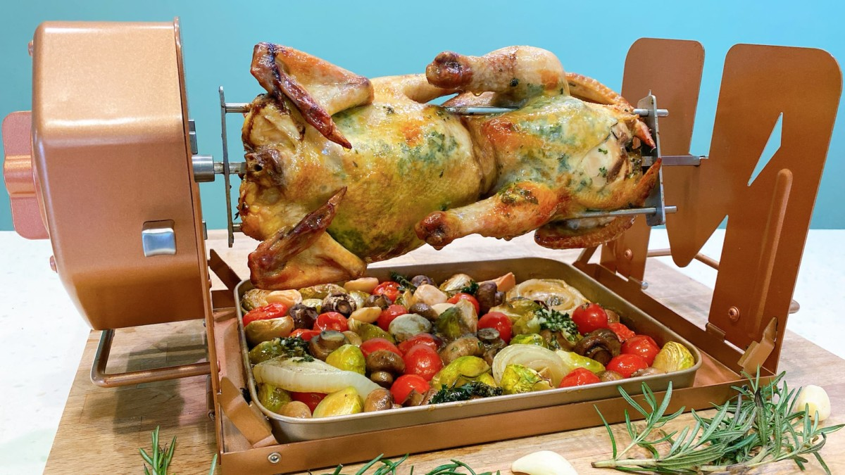 ROTO-Q 360 Non-Electric Rotisserie makes healthier eating an easy option