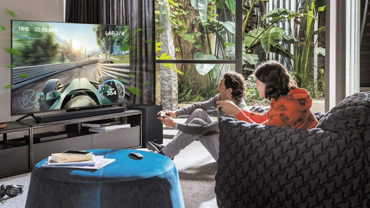 Samsung Q60T Acoustic Beam Soundbar envelops you in your home theater