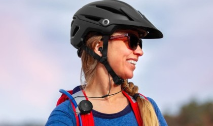 Skullcandy Vert Clip-Anywhere Wireless Earbuds