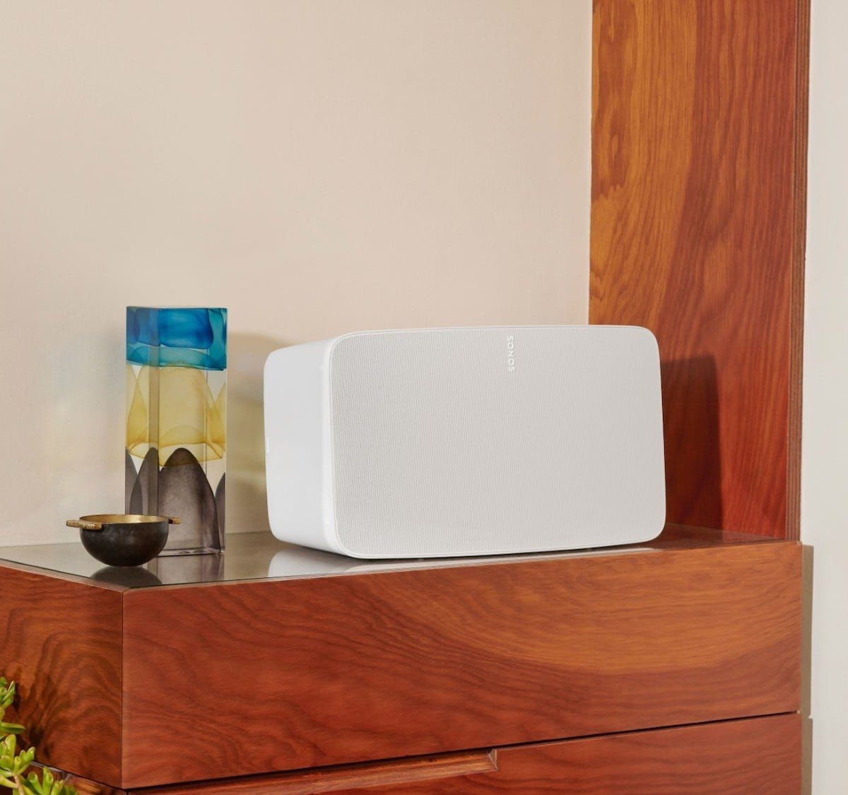 Sonos Five High-Fidelity Speaker is a newer version of the Play:5