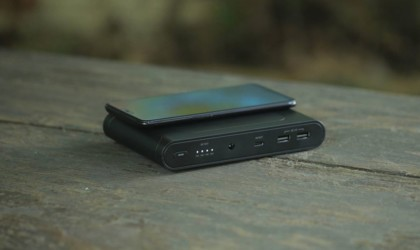 Omni Mobile 25600 mAh High-Capacity Laptop Power Bank