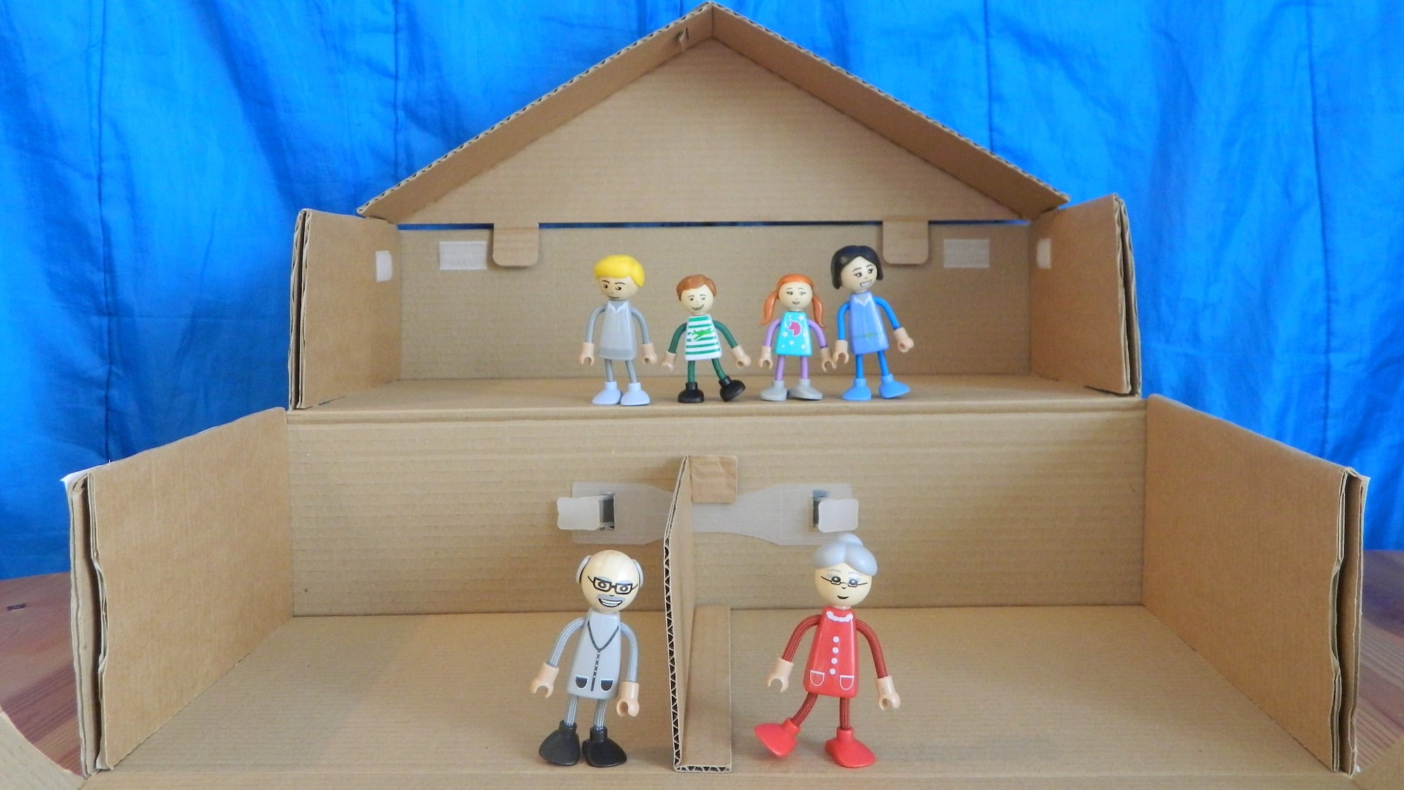 Yourbox2 Transformable Cardboard Box Toy