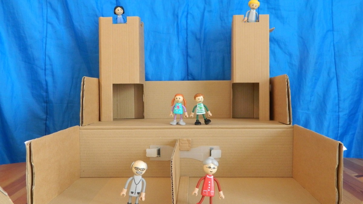 Yourbox2 Transformable Cardboard Box Toy encourages creativity