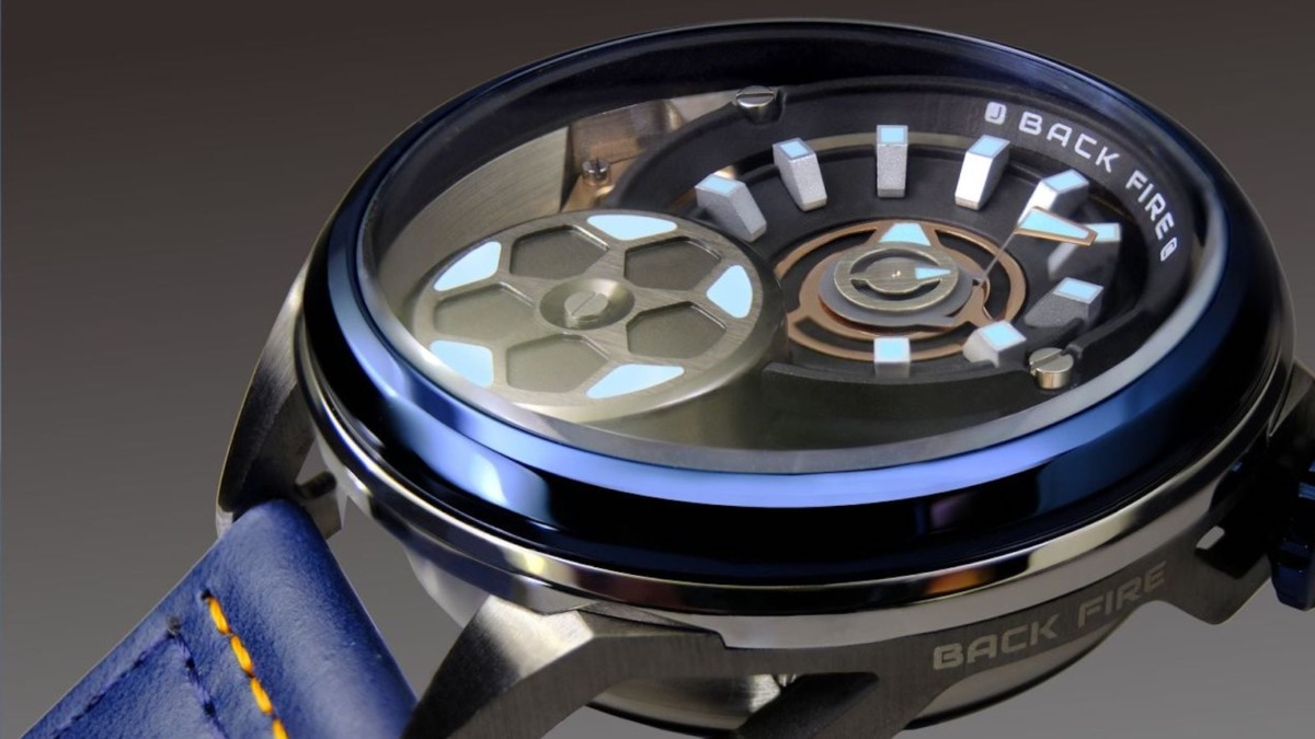 BackFire Automatic Watch Race Car Timepiece integrates a vehicle transmission system