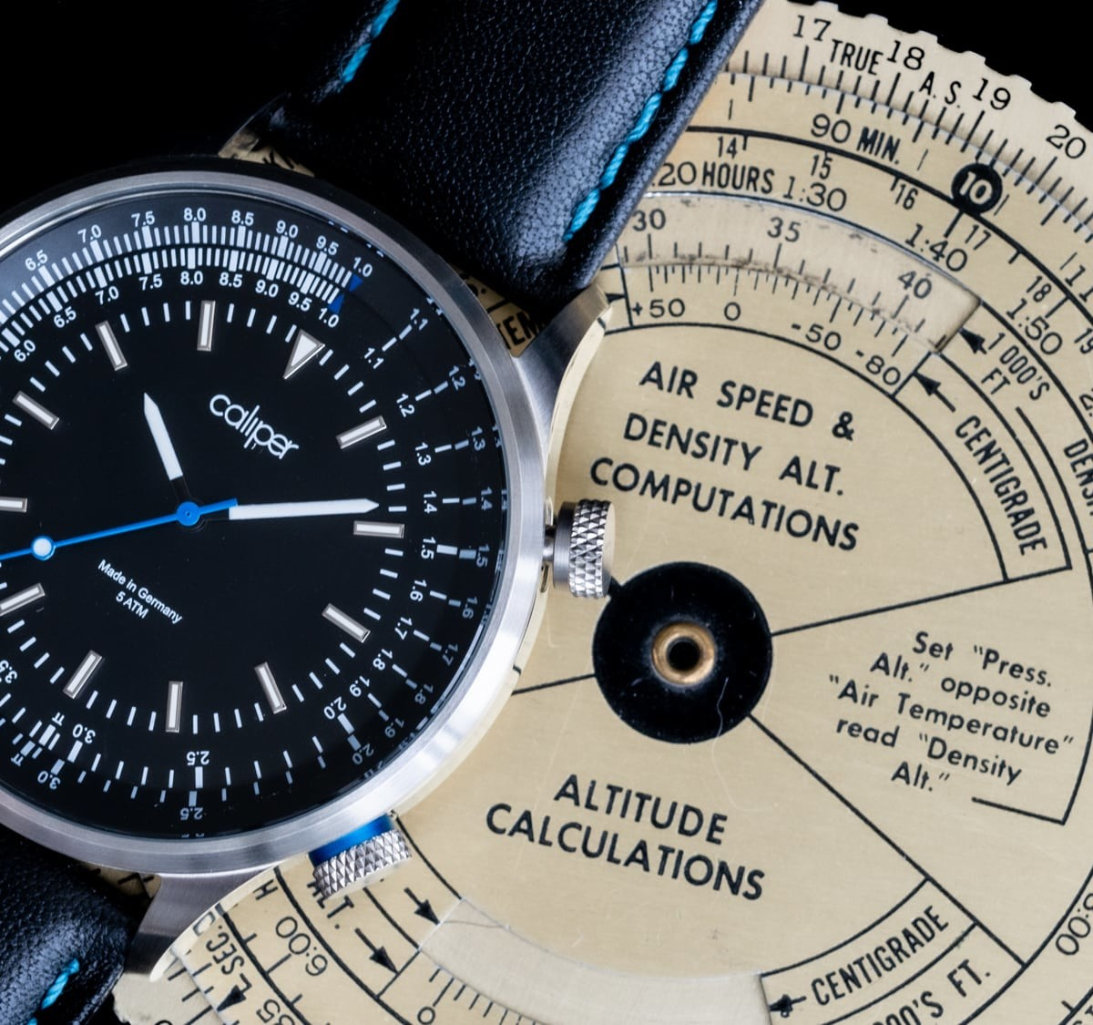 Caliper Slide View MKII Slide Rule Watch has an integrated calculator