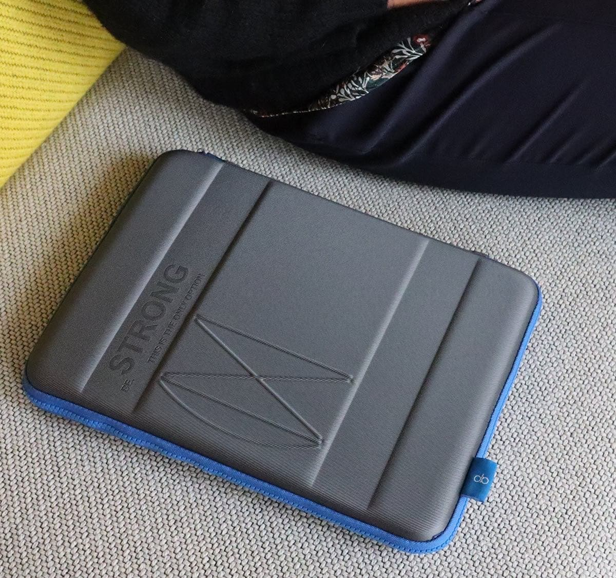 GINSleeve Compact Protective Case guards your laptop from the shocks of life