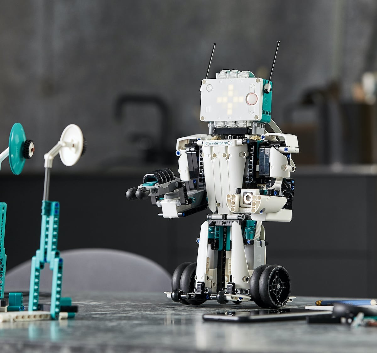 LEGO MINDSTORMS Robot Inventor coding kit lets you create anything you can think up