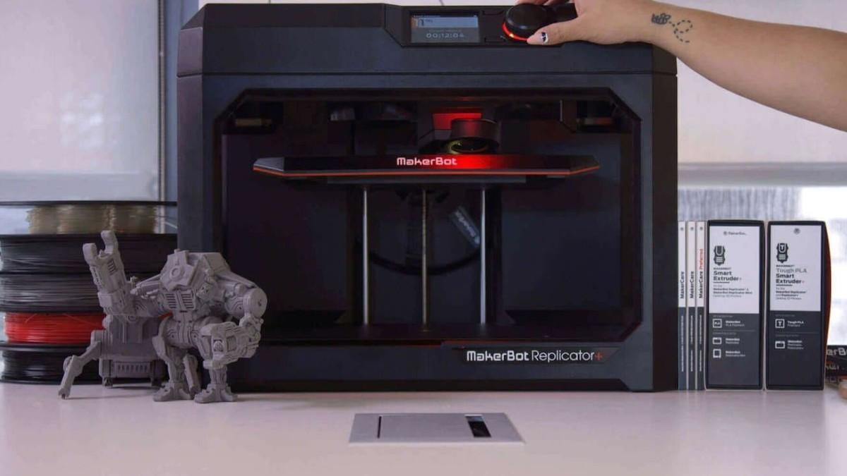 MakerBot Replicator+ Fast Desktop 3D Printer