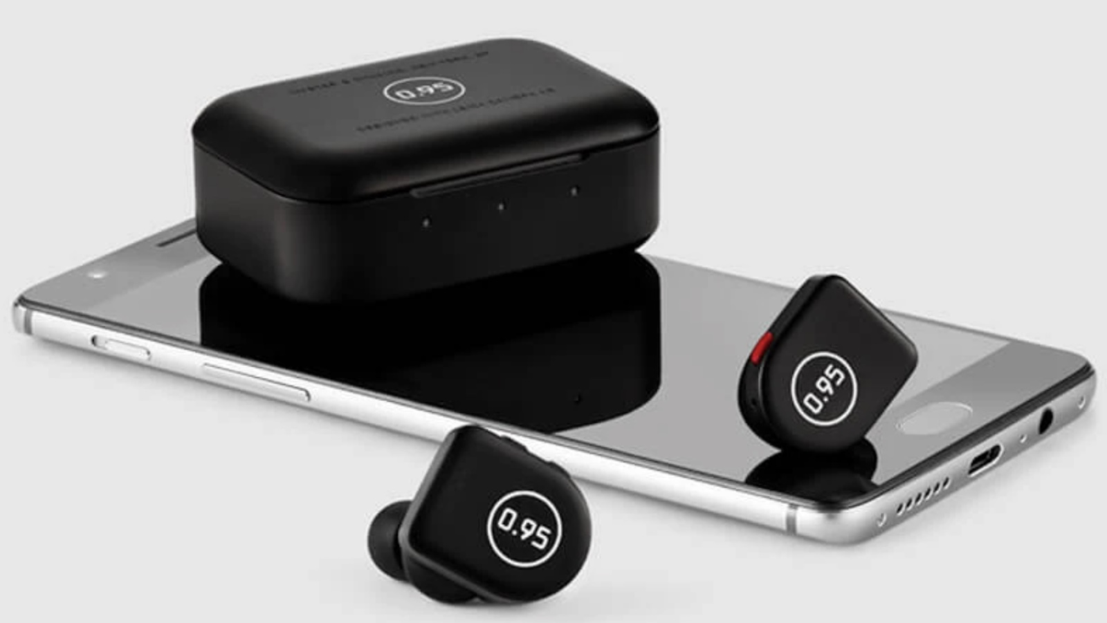 Master & Dynamic MW07 PLUS for 0.95 Durable Wireless Earphones are water resistant