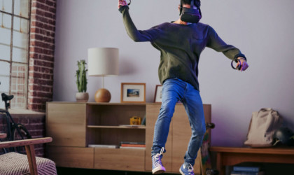Oculus Quest 6DOF All-in-One VR System
