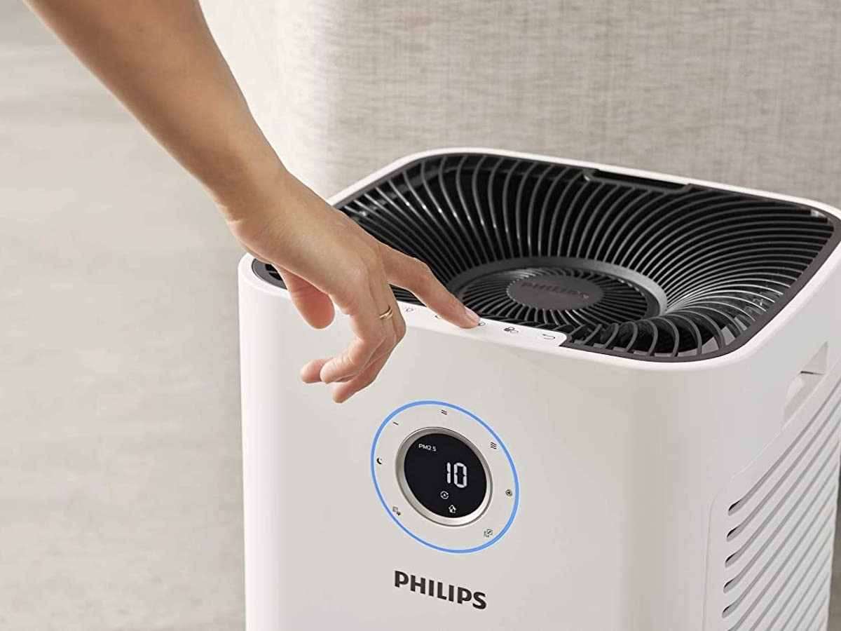 Philips 5000i Series extra-large air purifier removes up to 99.97% of allergens