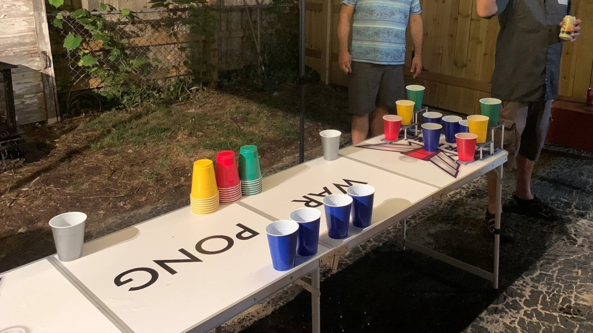 War Pong® Tabletop Party Game is a 3D platform inspired by beer pong