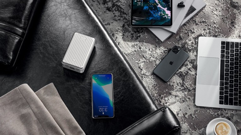 Zendure SuperTank versatile power bank can charge two laptops simultaneously