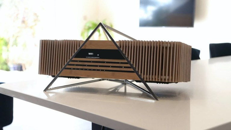 This bamboo music system sounds as beautiful as it looks