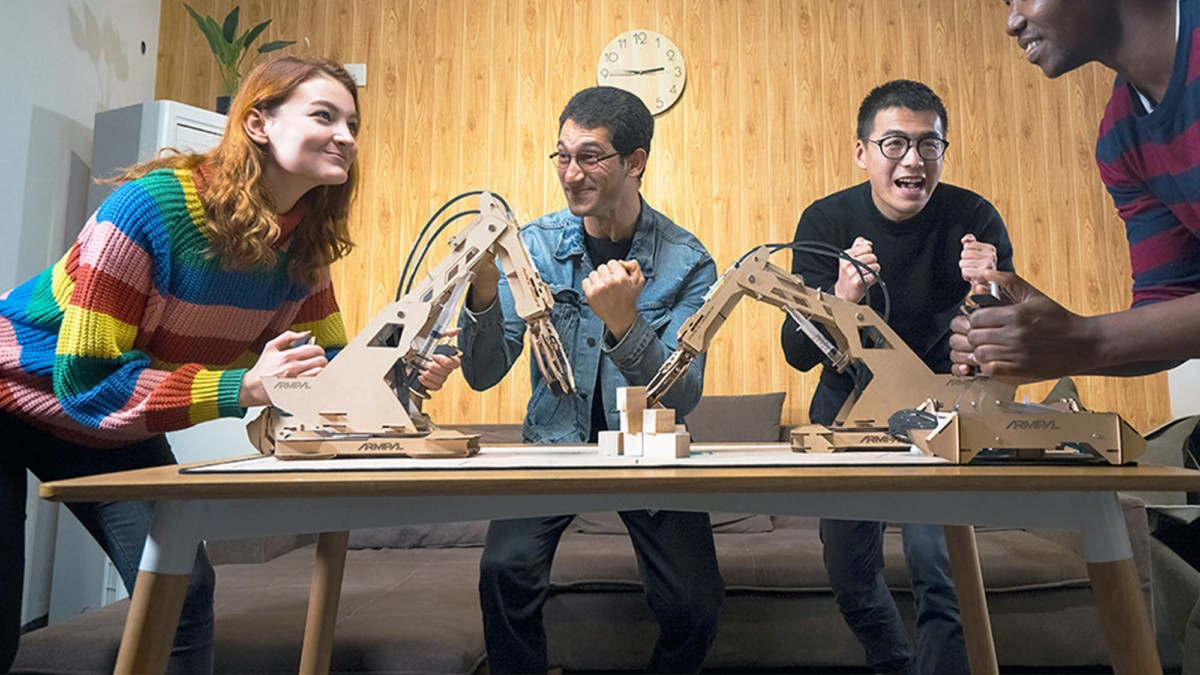 ARMPAL 3D Wooden Tabletop Game lets you assemble it for unlimited play options