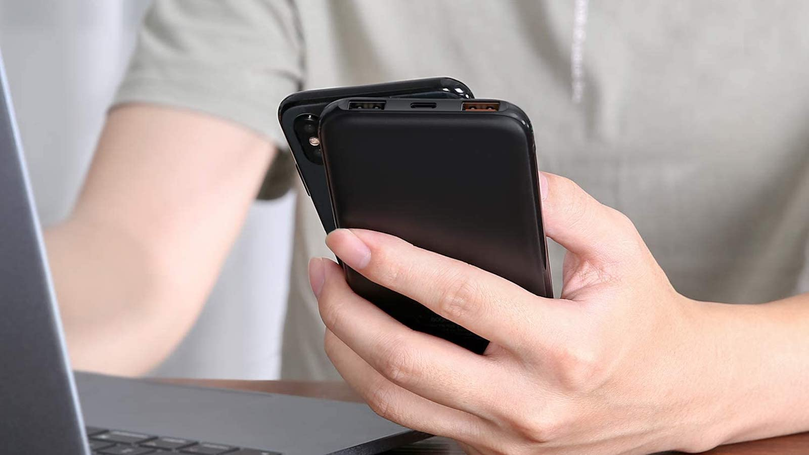 AUKEY Sprint Wireless 8,000 mAh Portable Charging Power Bank