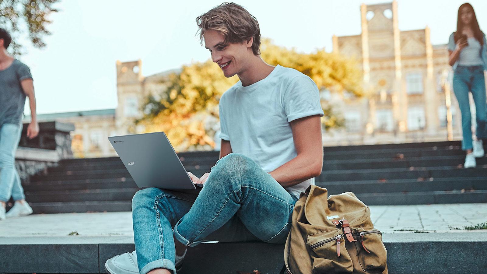 Acer Chromebook Enterprise Spin 713 interchangeable laptop flips 360 degrees