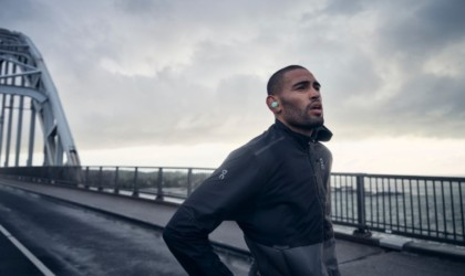 Bang & Olufsen Beoplay E8 Sport Wireless Earbuds