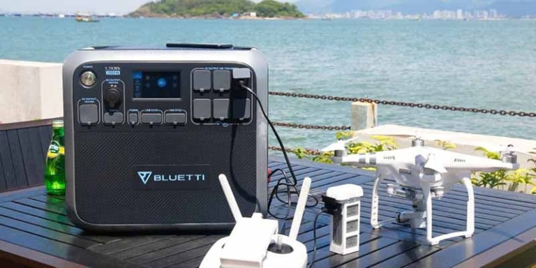 Bluetti AC200 Portable Solar Power Station