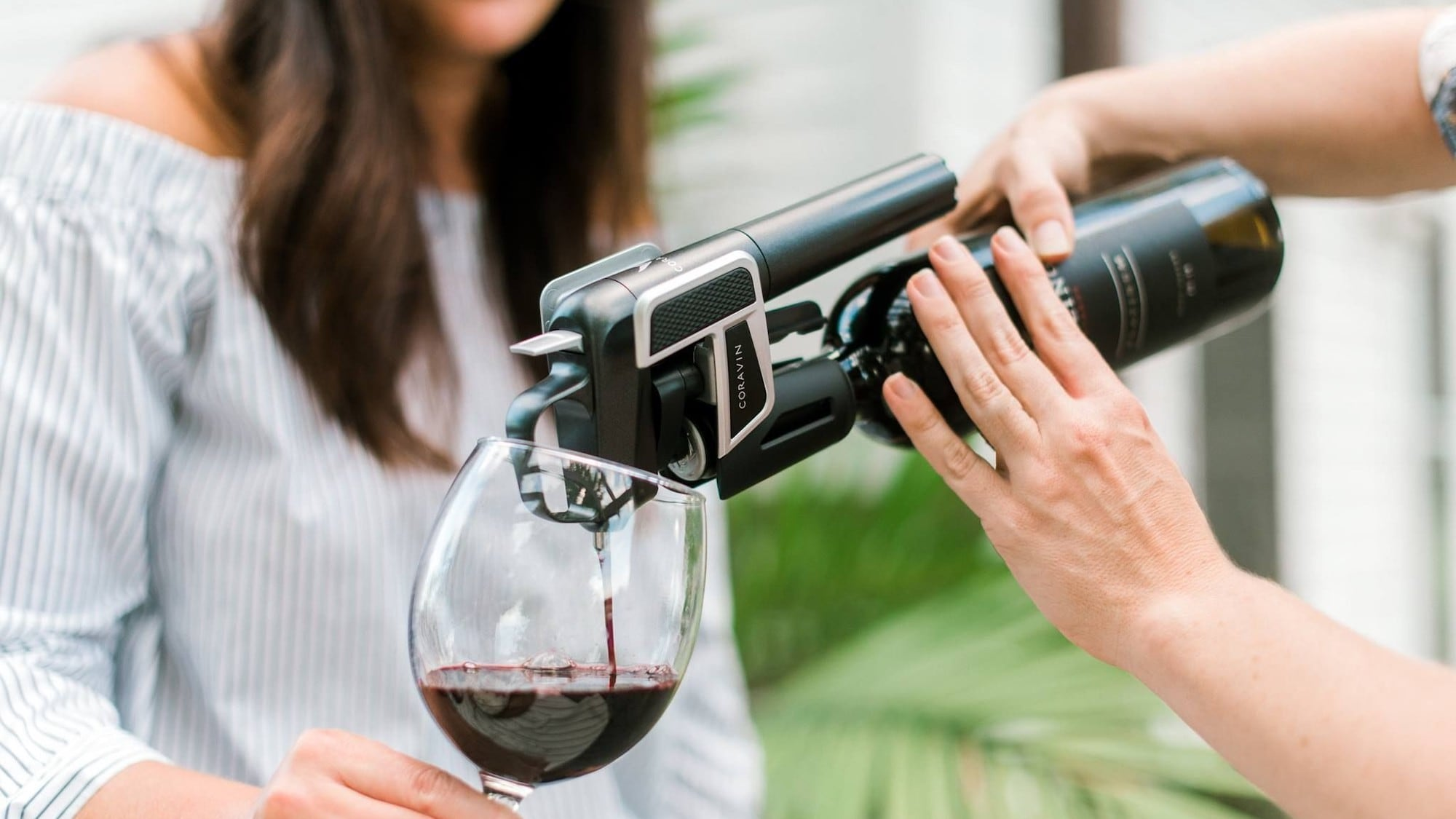 Coravin Model Eleven Bluetooth Wine Preservation System keeps your drink fresh