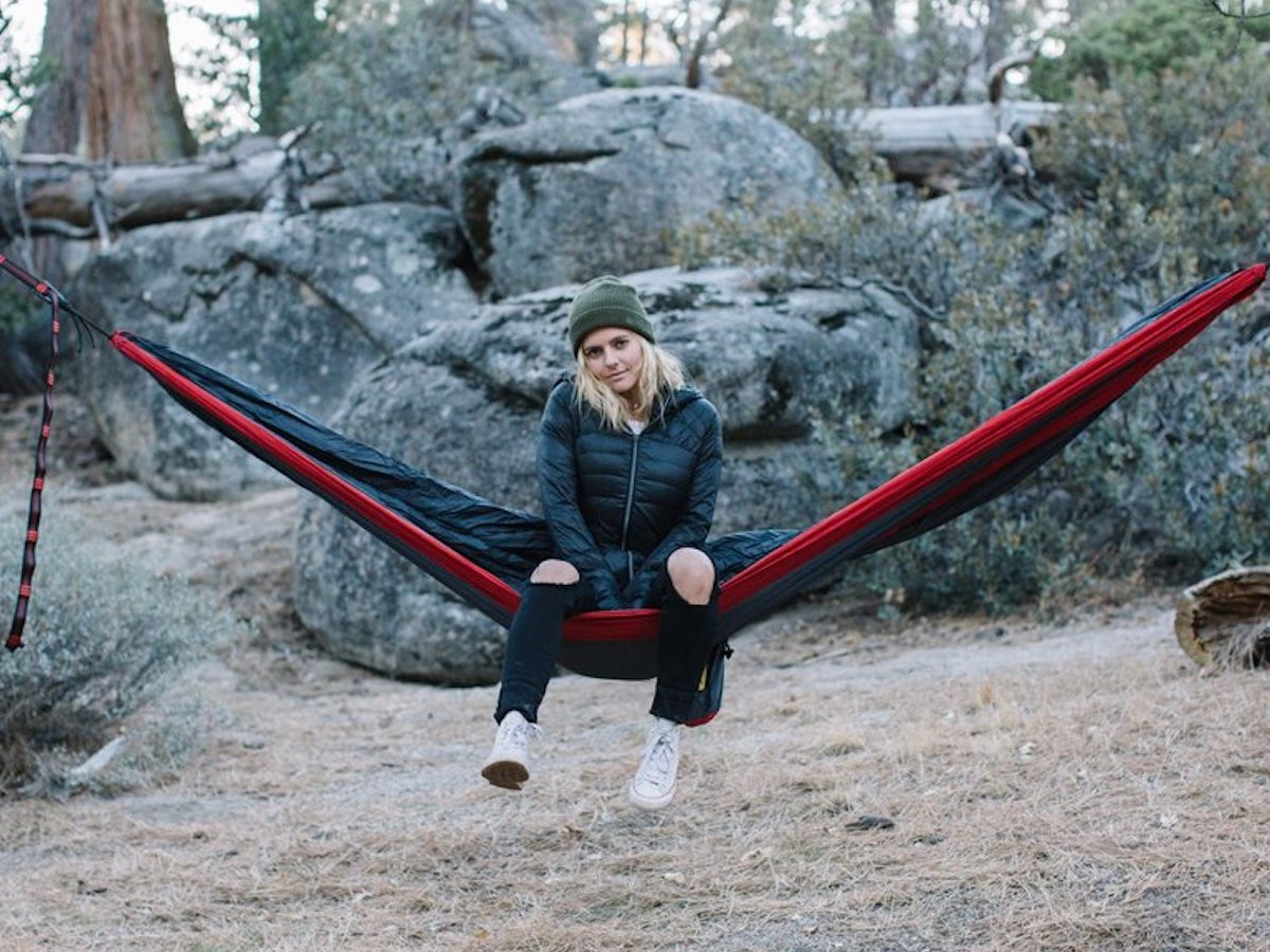 Wise Owl Outfitters DoubleOwl Hammock Swing Bed immerses you in nature