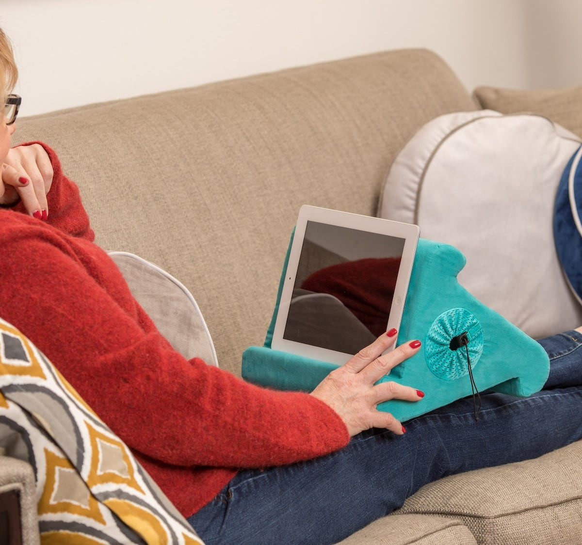 Flippy Soft Tablet Lap Stand offers three comfortable viewing angles