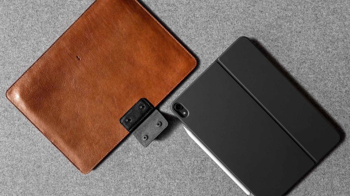 hardgraft Together iPad Pro Case tablet sleeve accommodates your device's accessories